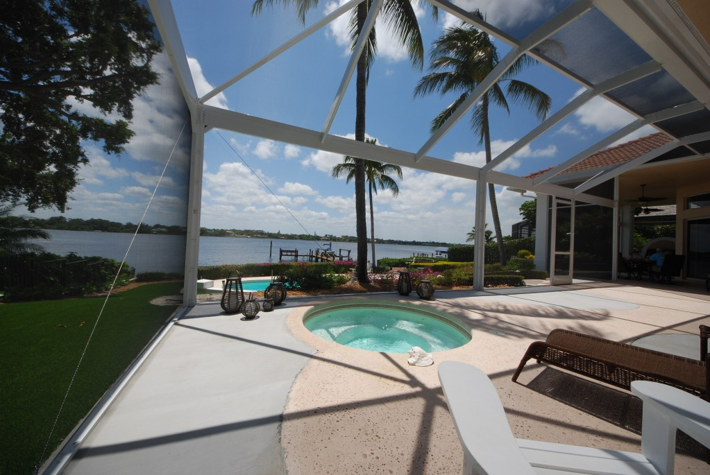 Lanai screen enclosure in west palm beach fl for Pool lanai cost