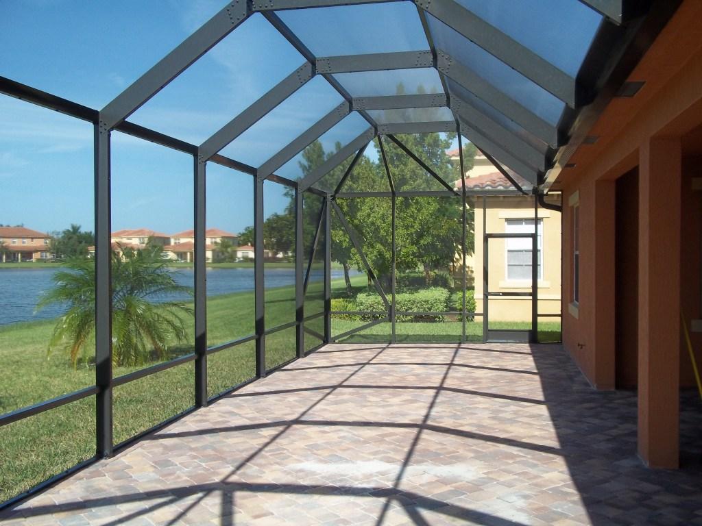 Patio enclosures brisbane patio screens dru 100 porch for Stand alone outdoor privacy screen
